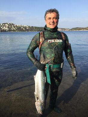 pescador dalış elbisesi